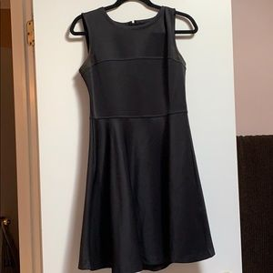 Little black dress! Cute and comfy! Size: M
